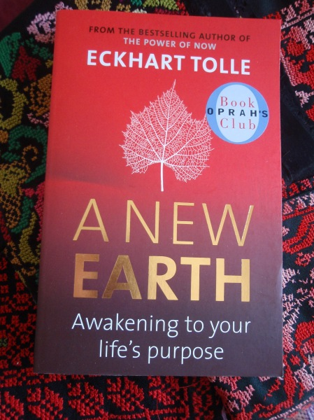 A new Eart /Eckhart Tolle