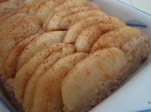 Apple -Semolina bake/Kahliyalogue